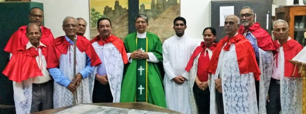 New Confraria along with Previous Confraria Members